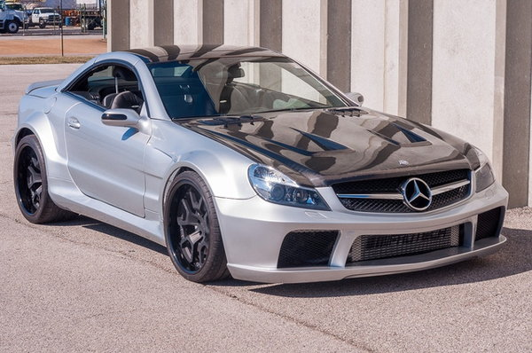 2005 Mercedes-Benz SL-Class  for Sale $38,900