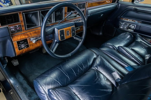 1989 Lincoln Town Car >> 1989 Lincoln Town Car Signature For Sale In Plymouth Mi Price 24 900
