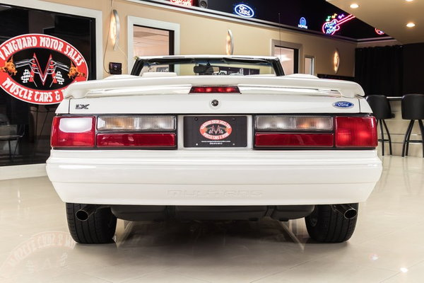 1993 Ford Mustang LX Convertible  for Sale $29,900