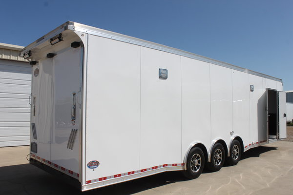 32'ft. United .050 Aluminum Super Hauler Wacobill.com