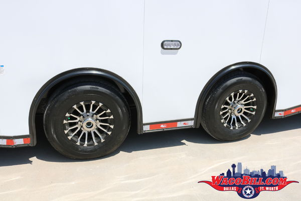 32' Auto Master White Black-Out X-Height Wacobil.com