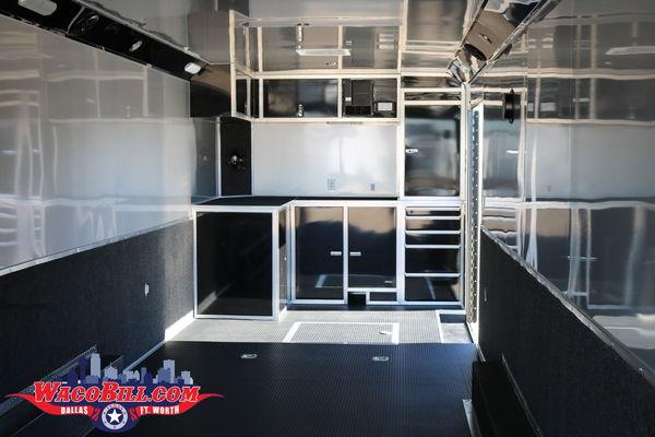 32' Black-Out Wells Cargo Pro-Racing Turbo @ Wacobill.com