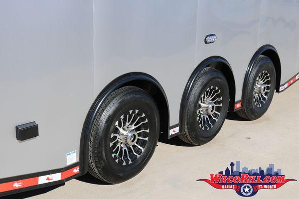 32' Silver BLack-Out Auto Master @ Wacobill.com