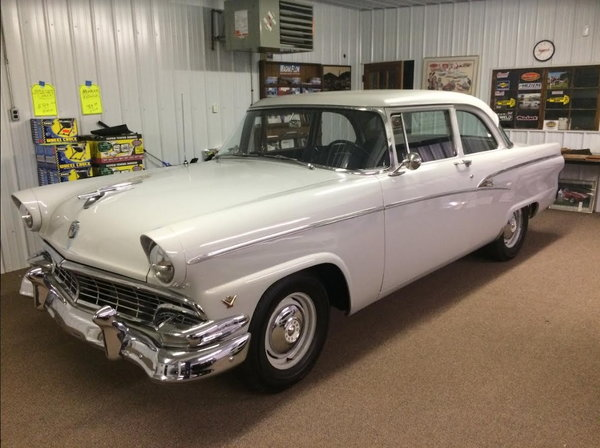 1956 Ford Customline Sedan
