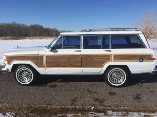 1990 JEEP GRAND WAGONEER  for Sale $24,900