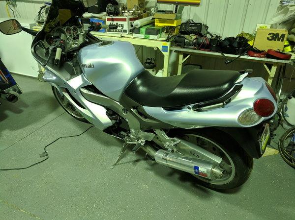 Kawasaki ZZR 1200  for Sale $3,950