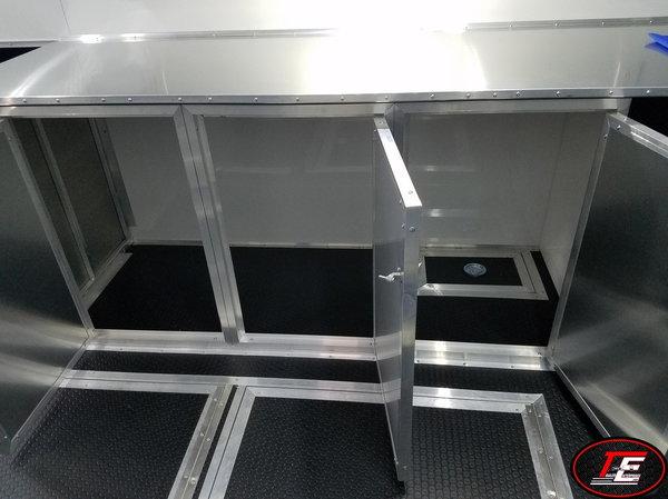 32' United X-Height Super Hauler Super Spread Axle Race Trai  for Sale $25,995