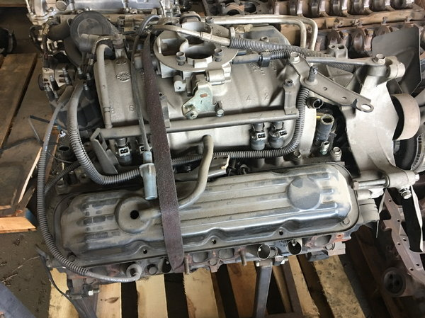5.9L truck engine  for Sale $1,000