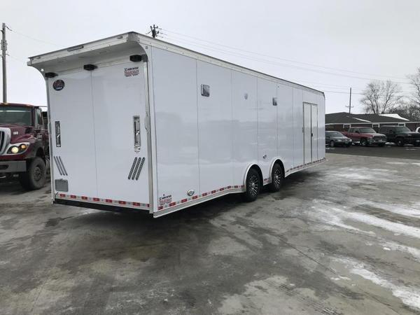 2019 United 8.5X32 Car/Racing Trailer