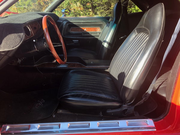 74 Challenger**Beautiful**440 Fuel Injection**Loaded
