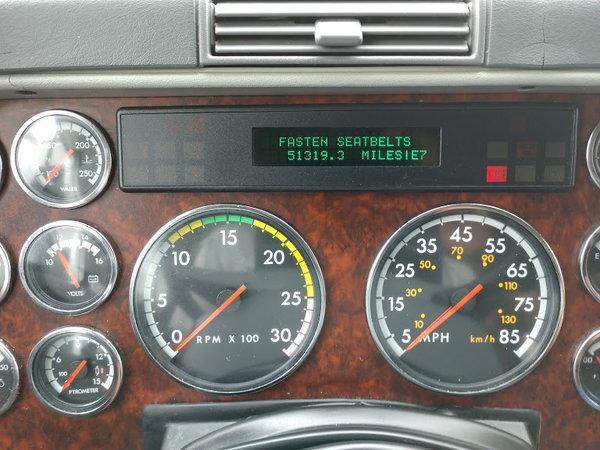 2005 42' 2-Slide Renegade 51K miles Toterhome/Motorhome