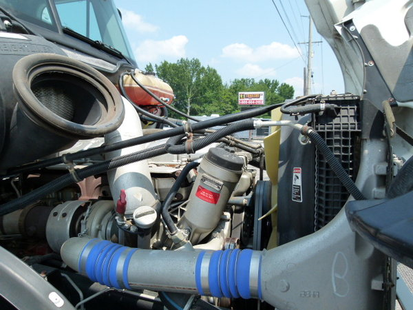 2004 Renegade M-30 Columbia Auto 450 MBE Motorcoach