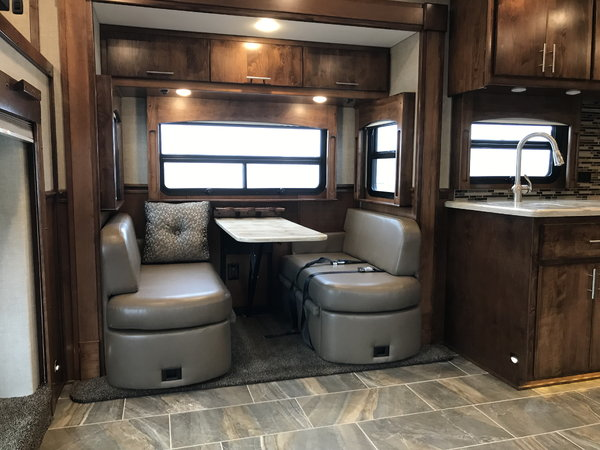 2020 Renegade Motorhome 4 slide outs