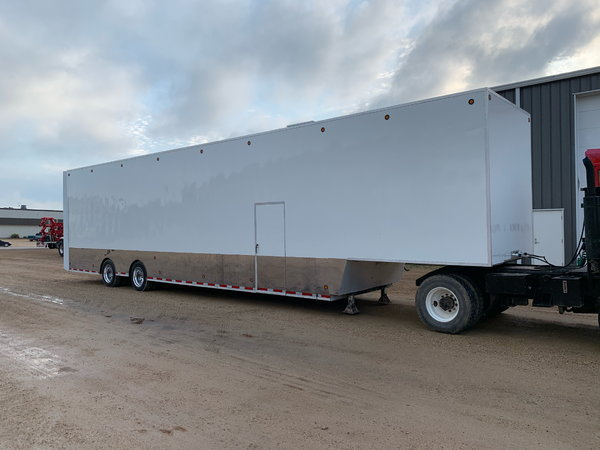 1996 S&S Trailer  for Sale $59,900