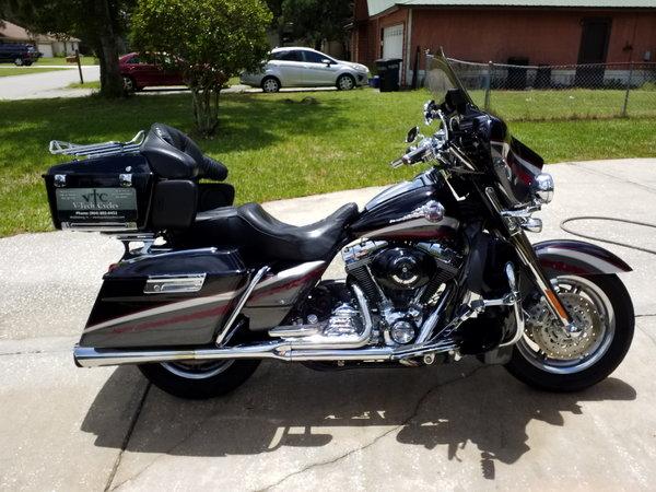 2006 Harley Davidson CVO limited Edition  for Sale $10,000