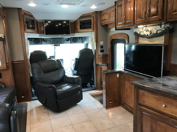 Used 2015 Renegade 45' XL Motorhome