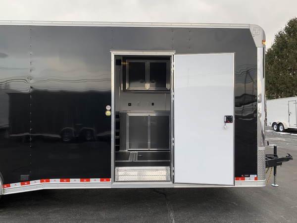 28' United Dirt Late Model Spread Axle Race Car Trailer  for Sale $22,495