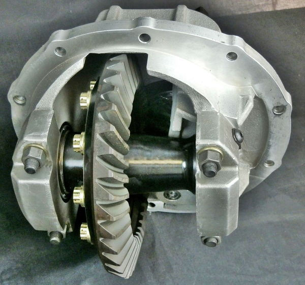 "9"" Ford 4.29 Ratio Bolt Thru Center Section  for Sale $1,299"