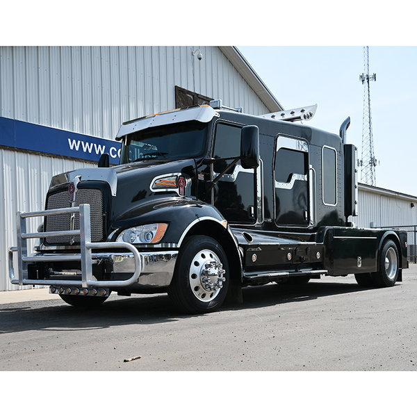 2016 Kenworth Schwalbe Crew Cab Extended T270