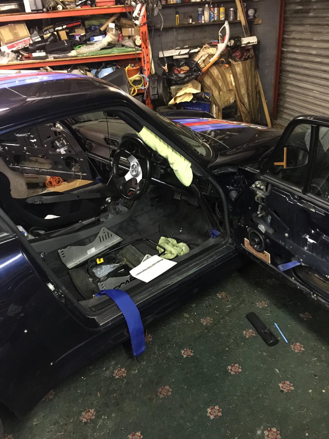 help 993 alarm module central locking - Rennlist - Porsche