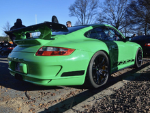 A green 997 with cool wing