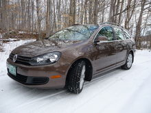 Took pics in snowy driveway..
