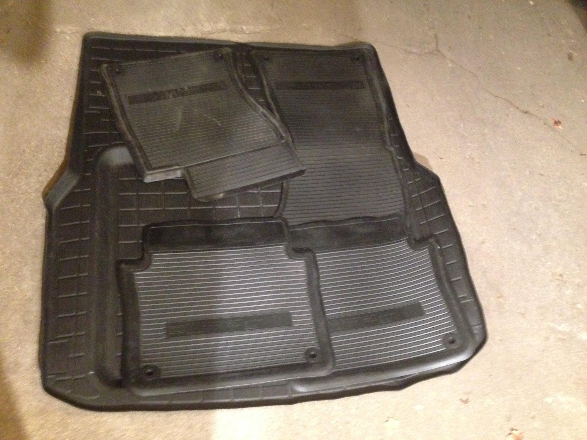 Audi A8 D3 A8 S8 Winter Rubber Floor Mats Trunk Liner