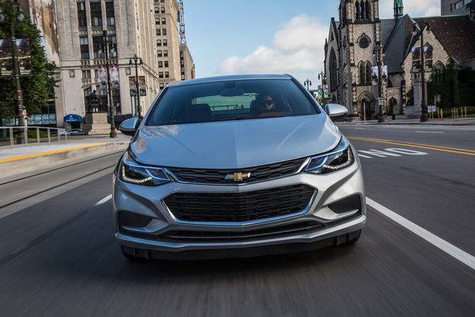 2018 chevrolet cruze deals prices incentives leases overview in the same vein as the cavalier of yesteryear the chevrolet cruze attempts to clear chevy a spot in the hearts of young growing families in the vast fandeluxe Gallery