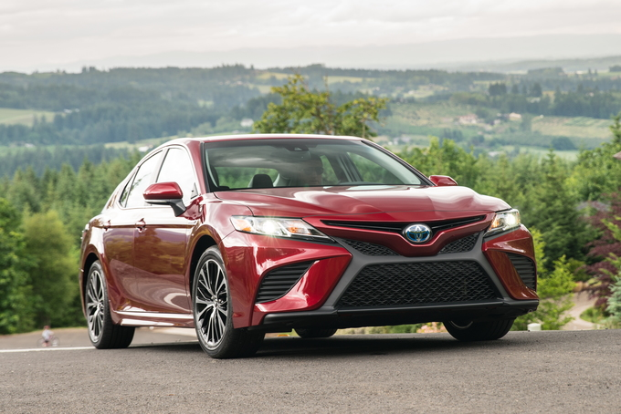 2019 Toyota Camry Hybrid Deals Prices Incentives Leases