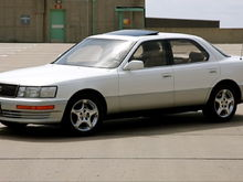 1992 LS400