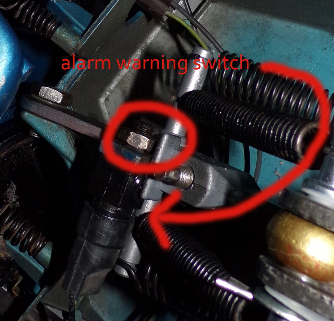 It Doesnt Appear That These Headlight Links Have Been Serviced Car Alarm Start By Removing Your Warning Switch If Its Making Contact As Should You Will Need To Remove This From The Bottom Of With