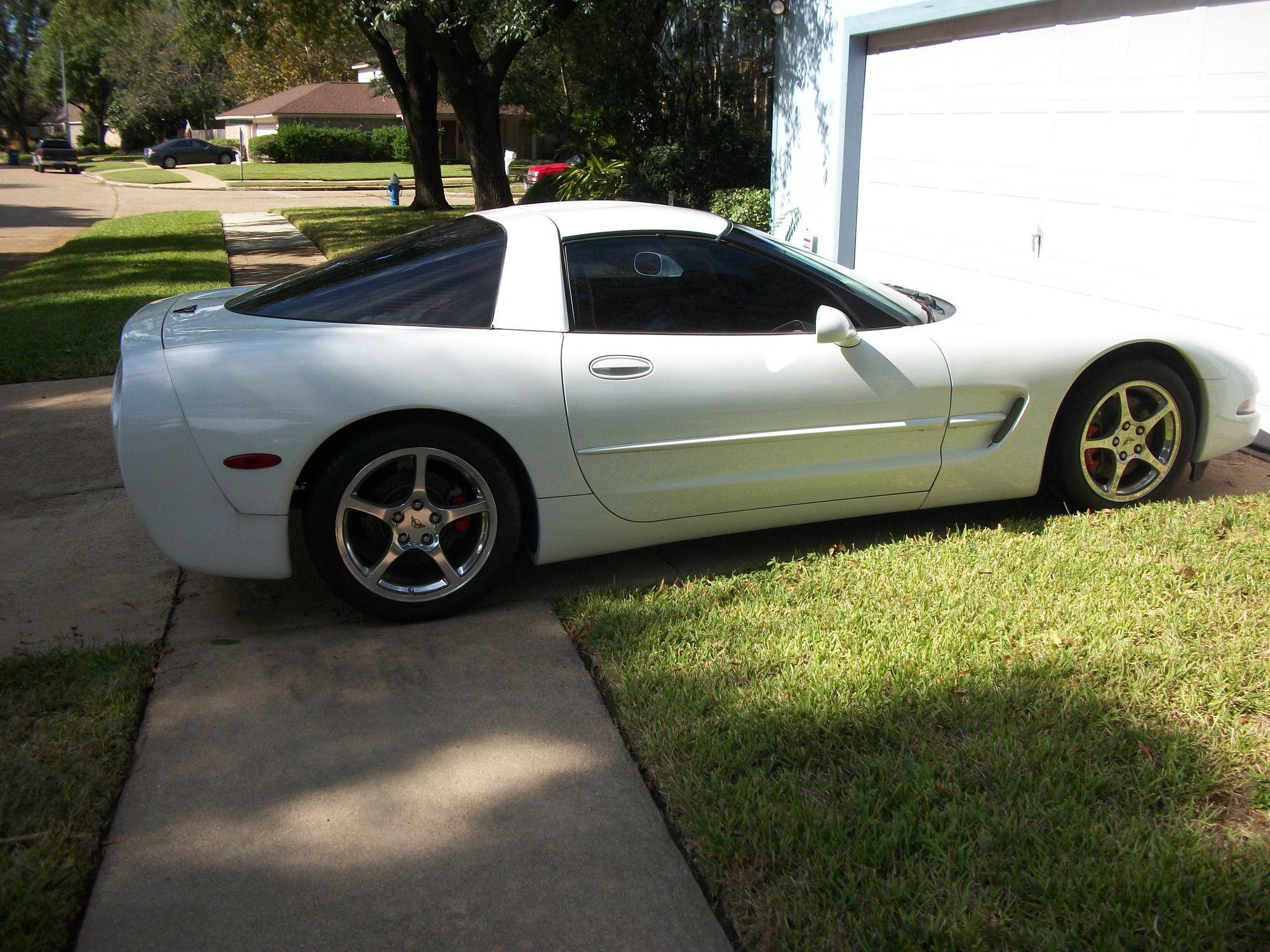 2004 corvette 76 580 miles 16 900 houston tx. Black Bedroom Furniture Sets. Home Design Ideas