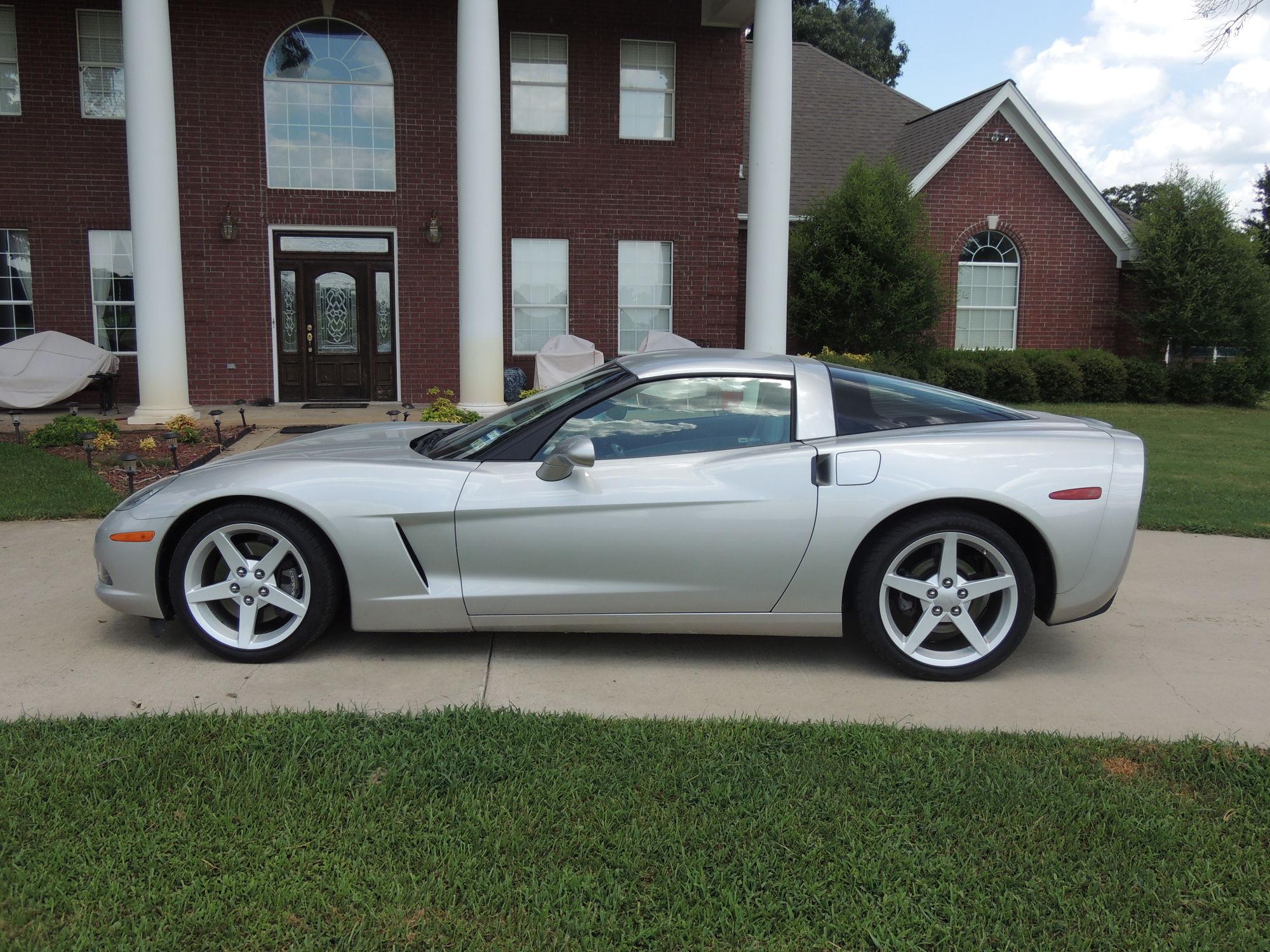 2005 C6 Corvette for sale Mint Condition and 14 893 miles