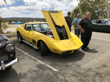 Not sure which one is the owner but I don't think it's the bloke in the front!!!
