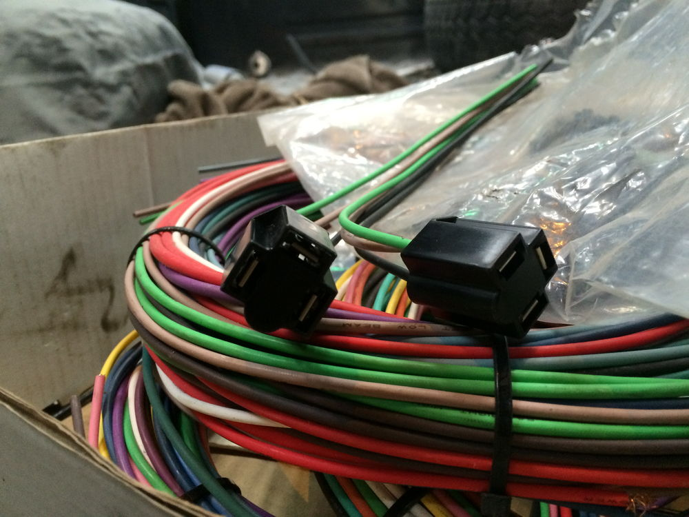 80 img_0032_168a84479b8ecf9f7872f3844c4f266a61ed96e8 ez wiring harness reviews? ford truck enthusiasts forums  at crackthecode.co