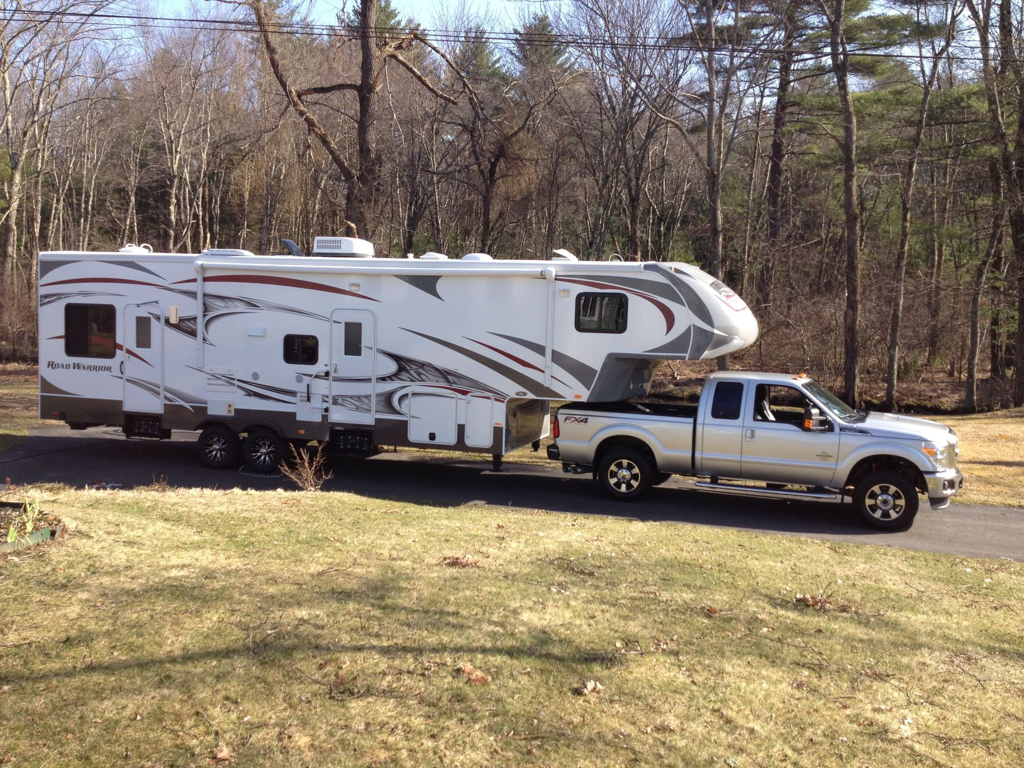 Fifth Wheel Truck Bumper : Towing th wheel heavy toy hauler with f srw