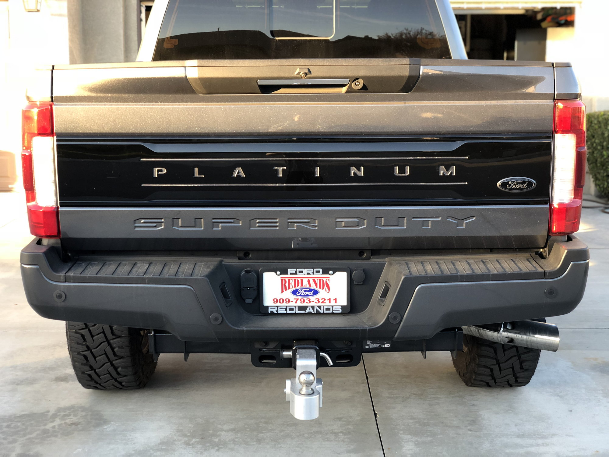 2014 ford super duty tailgate