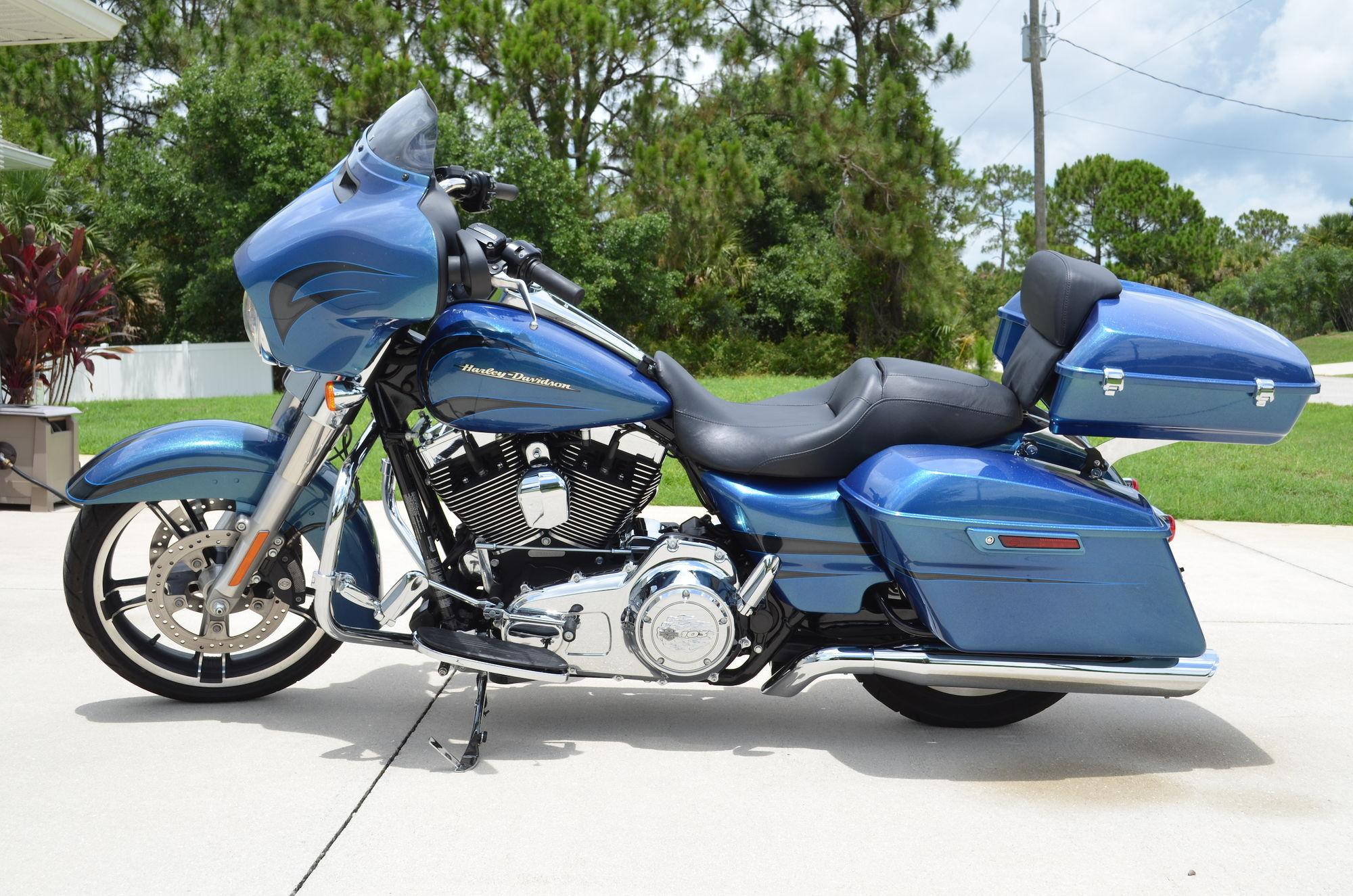 Harley Davidson Street Glide Cvo Tour Pak