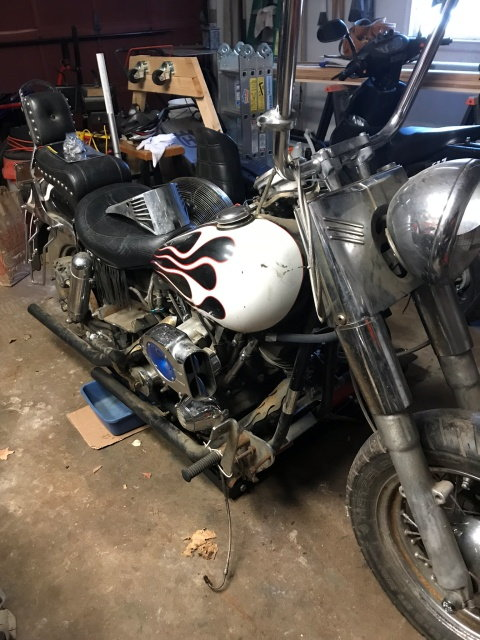 This Is The First Shovelhead Ive Had With A SS Super B Thoughts Happy Thanksgiving