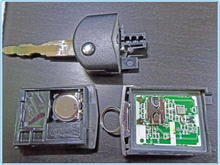 5 key fob mazda Disassembled