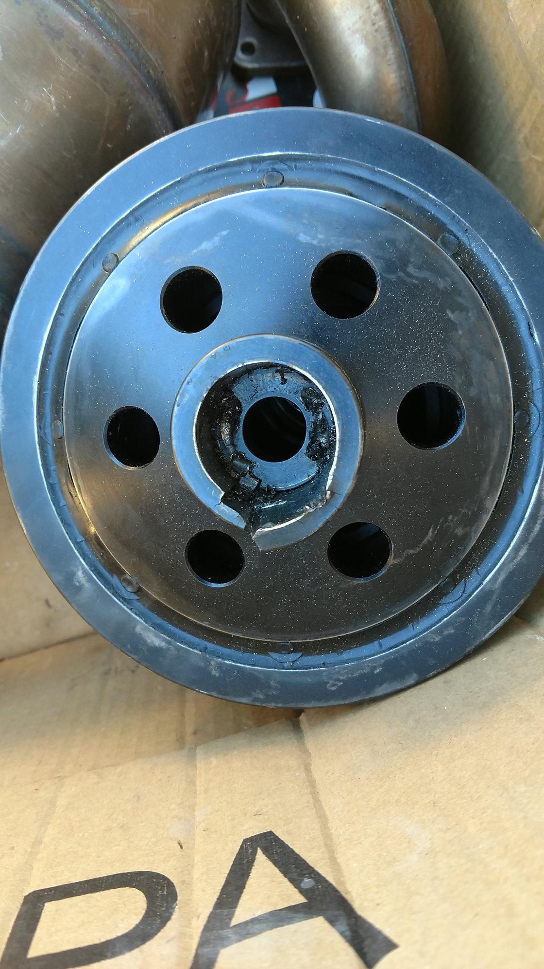 crankshaft pulley bolt torque