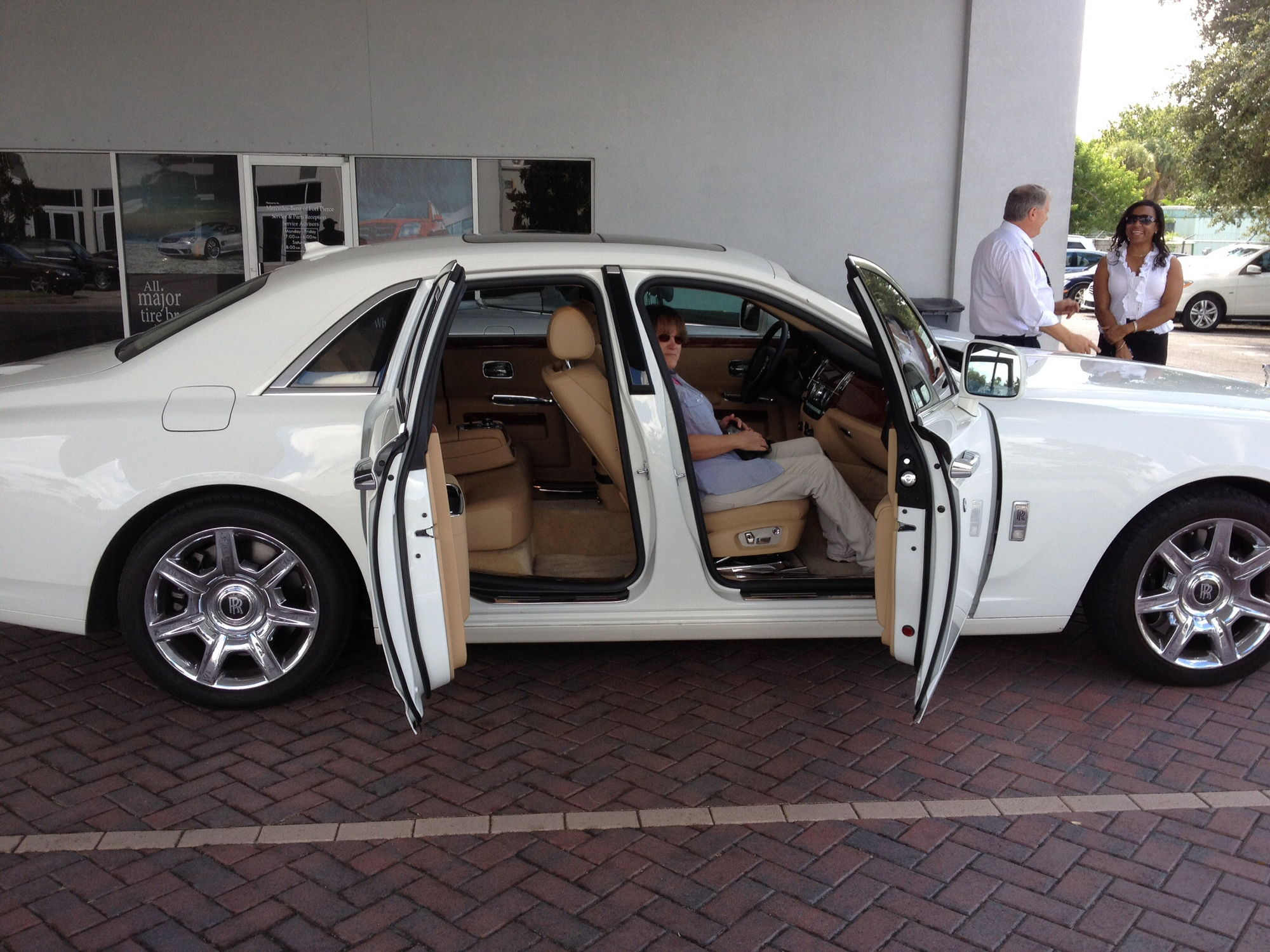 how much is a rolls autos post. Black Bedroom Furniture Sets. Home Design Ideas