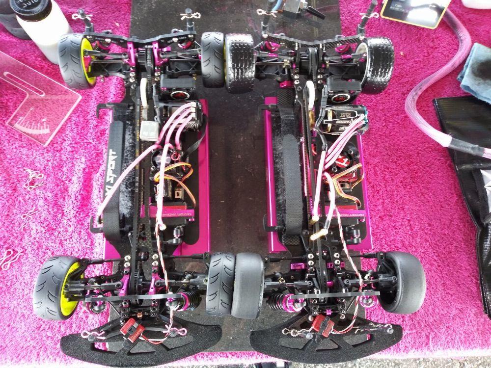 1 Paar Aluminum Front /& Rear Bulkhead für Sakura XIS 1:10 RC Sport Car