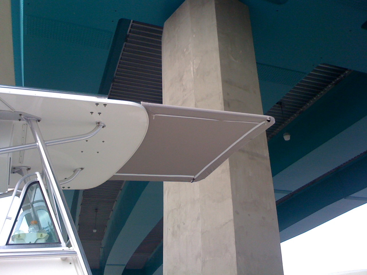Anyone make a sun shade using existing outriggers? - Page 2 - The