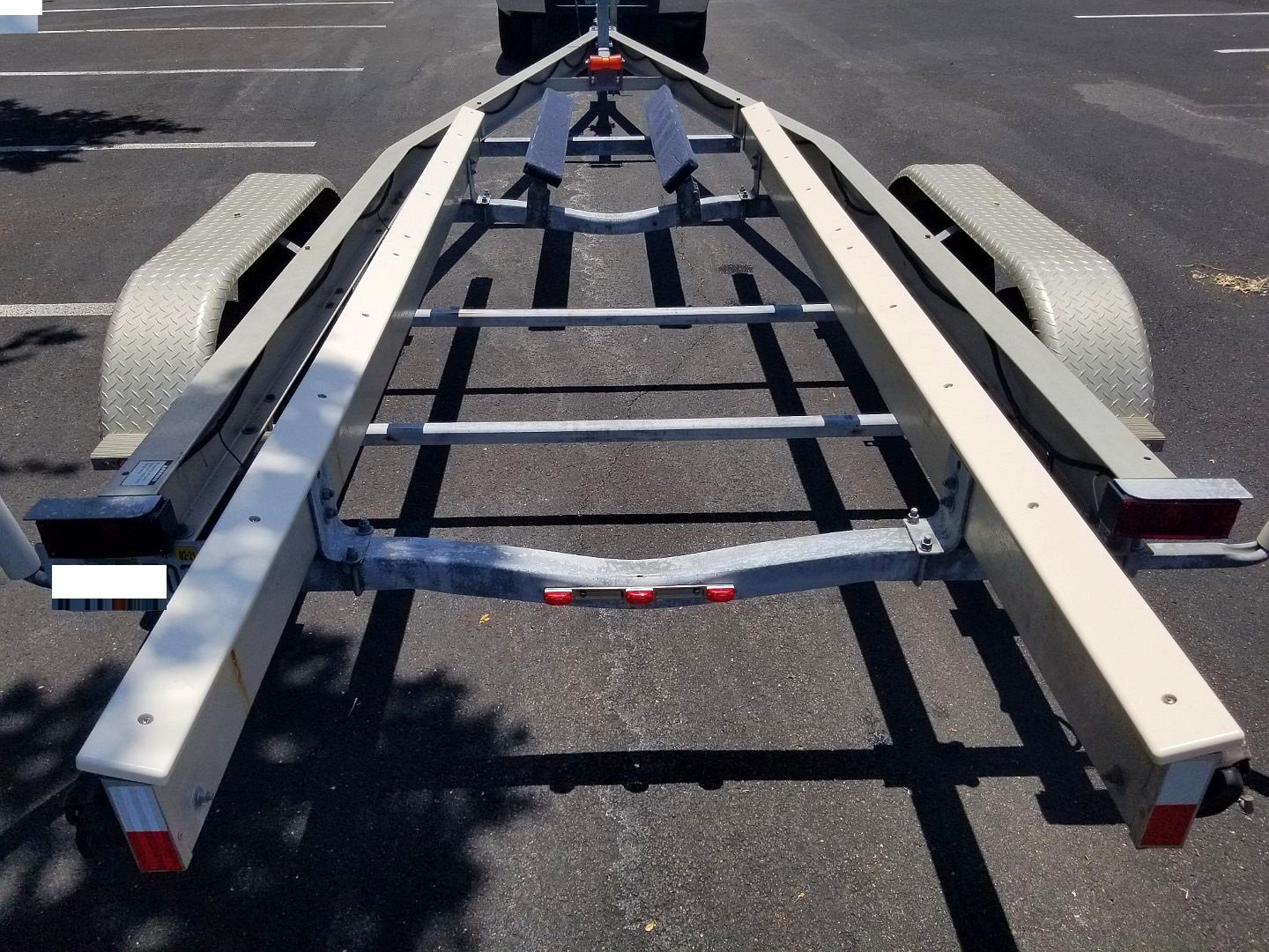 2007 Ez-loader Aluminum 21-25 Tandem Axle Trailer - The Hull Truth