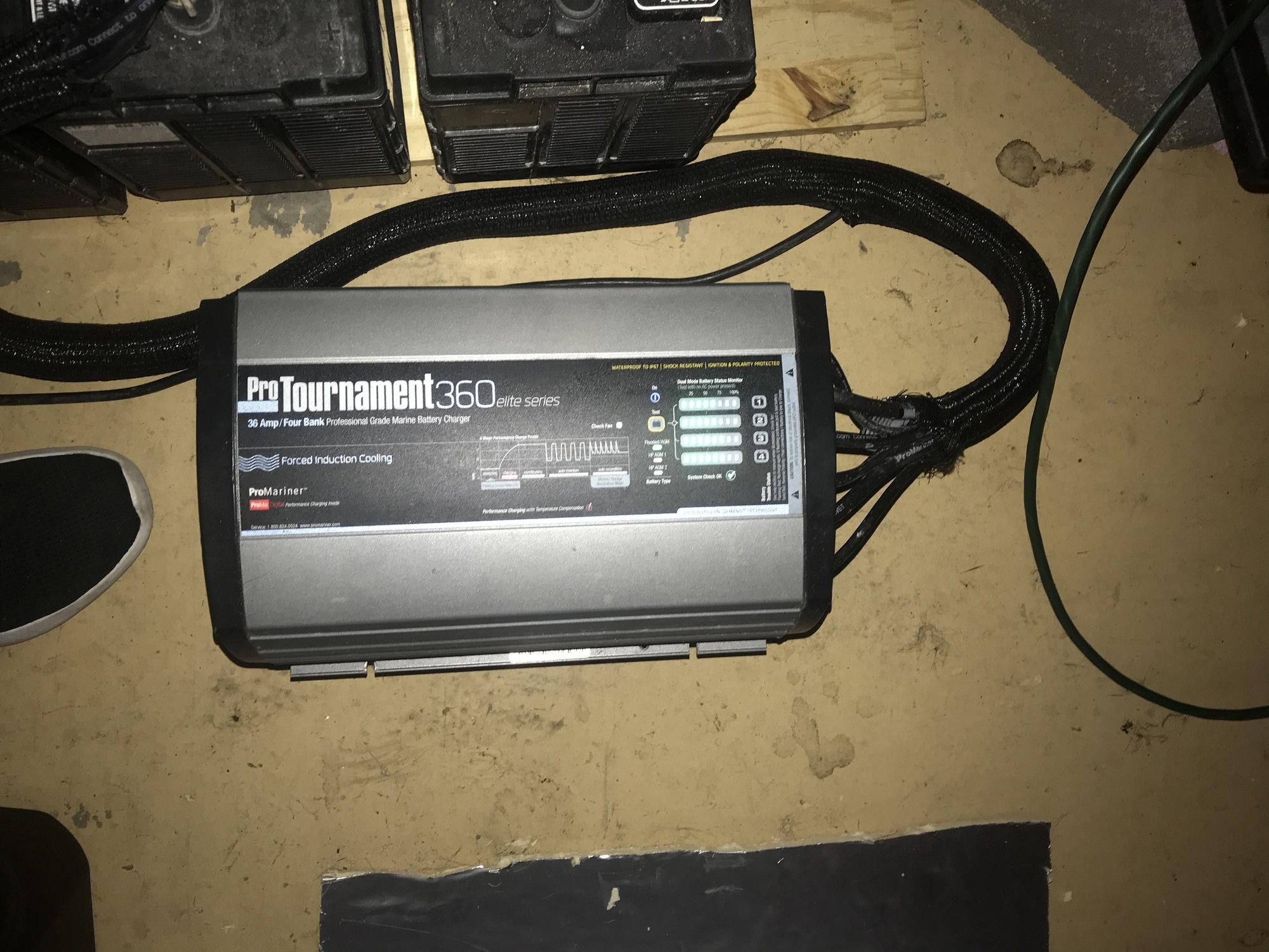 de702c2b4b6501 ProMariner ProTournament 360 elite / Quad Charger - 36 Amp, 4 Bank ...