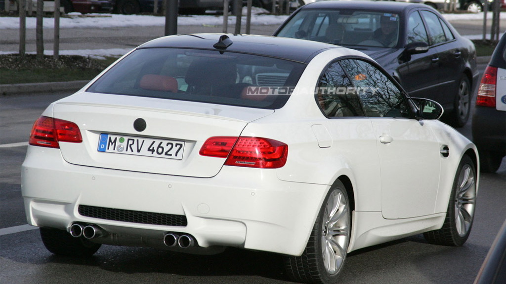 2011 BMW M3 Coupe facelift spy shots