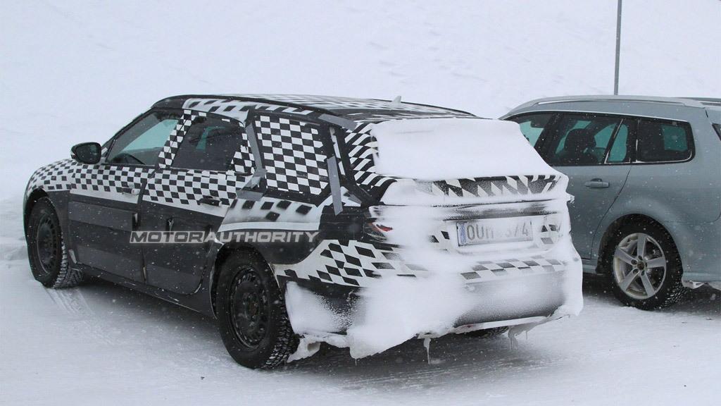 2010 Saab 9-5 SportCombi spy shots