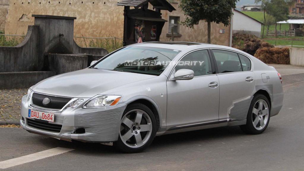 2012 Lexus GS test-mule spy shots