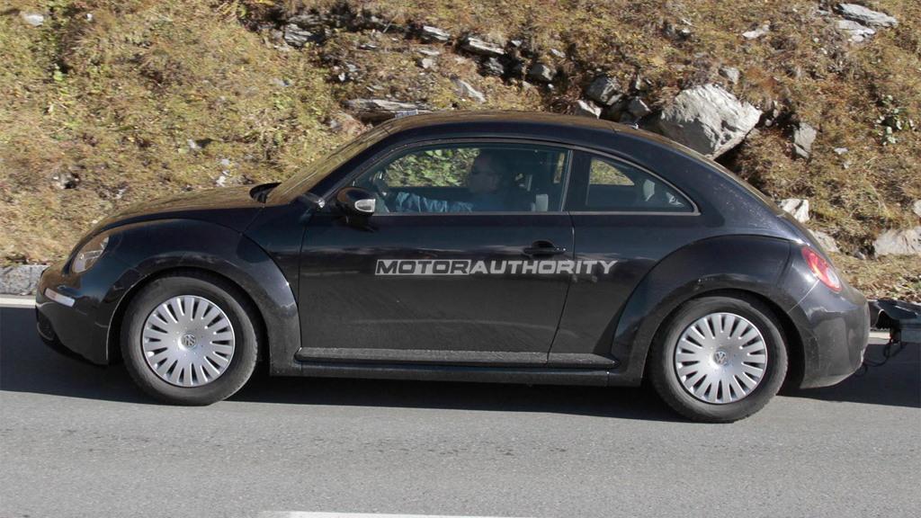 2012 Volkswagen New Beetle spy shots
